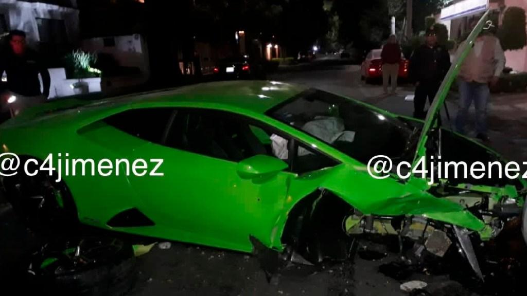 Aparece dueño de Lamborghini accidentado en la Miguel Hidalgoy llega a acuerdo con afectado - Aparece dueño de Lamborghini Huracán y llega a acuerdo con dueño de Swift blanco, informa FGJCDMX. Foto Twitter @c4jimenez