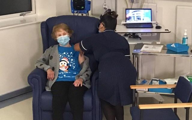 Johnson agradece a personal sanitario por iniciar la vacunación contra COVID-19 en Reino Unido - Foto de Twitter Boris Johnson