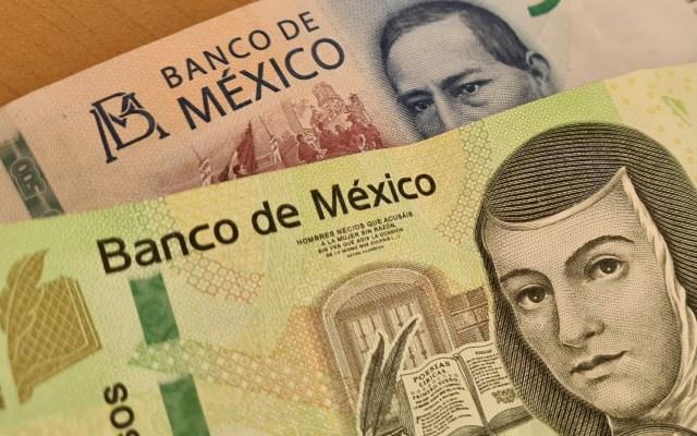Mejora FMI perspectiva de crecimiento para México; la sitúa en 4.3 por ciento para 2021 - Dinero pesos billetes México economía