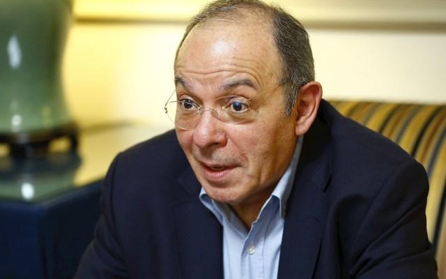 """""""Todos los escritores somos copistas y repetimos temas"""", asegura Aguilar Camín - Héctor Aguilar Camín autor escritor"""