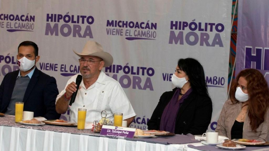 Hipólito Mora buscará gubernatura de Michoacán en 2021 con Encuentro Solidario - Hipólito Mora se suma a Encuentro Solidario con miras a buscar la gubernatura de Michoacán en 2021. Foto Twitter @HipolitoMoraMX