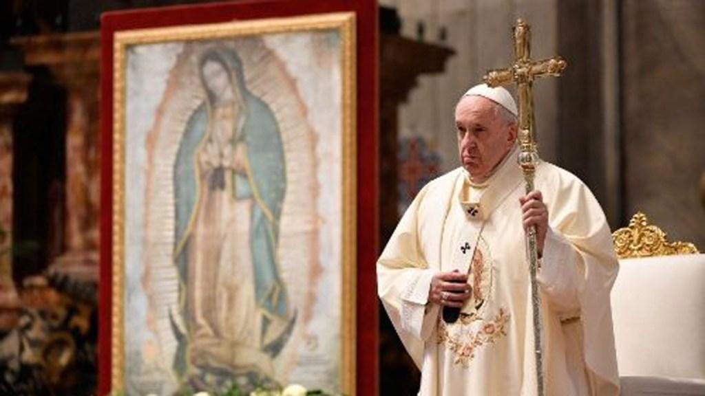 Reflexiona papa Francisco sobre la abundancia en Día de la Virgen de Guadalupe - Papa Francisco en misa en honor a la virgen de Guadalupe. Foto de Vatican Media
