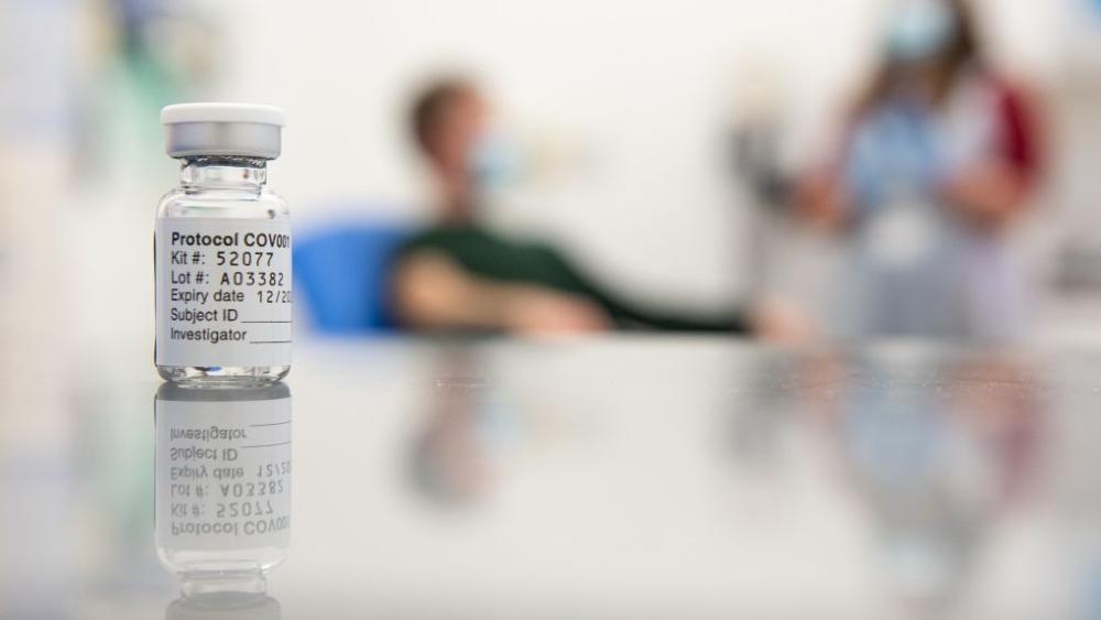 Vacuna de Oxford y AstraZeneca es eficaz y segura, según resultados contrastados - Foto de University of Oxford