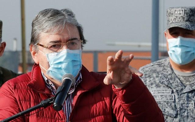 Muerte por coronavirus del ministro de Defensa sacude a Colombia - Foto de EFE