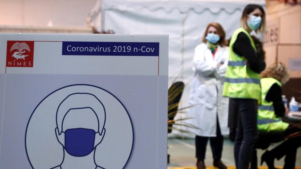 Francia supera los 75 mil muertos por COVID-19, con 22 mil 858 contagios en un día - Centro de vacunación COVID-19 en Francia. Foto de EFE