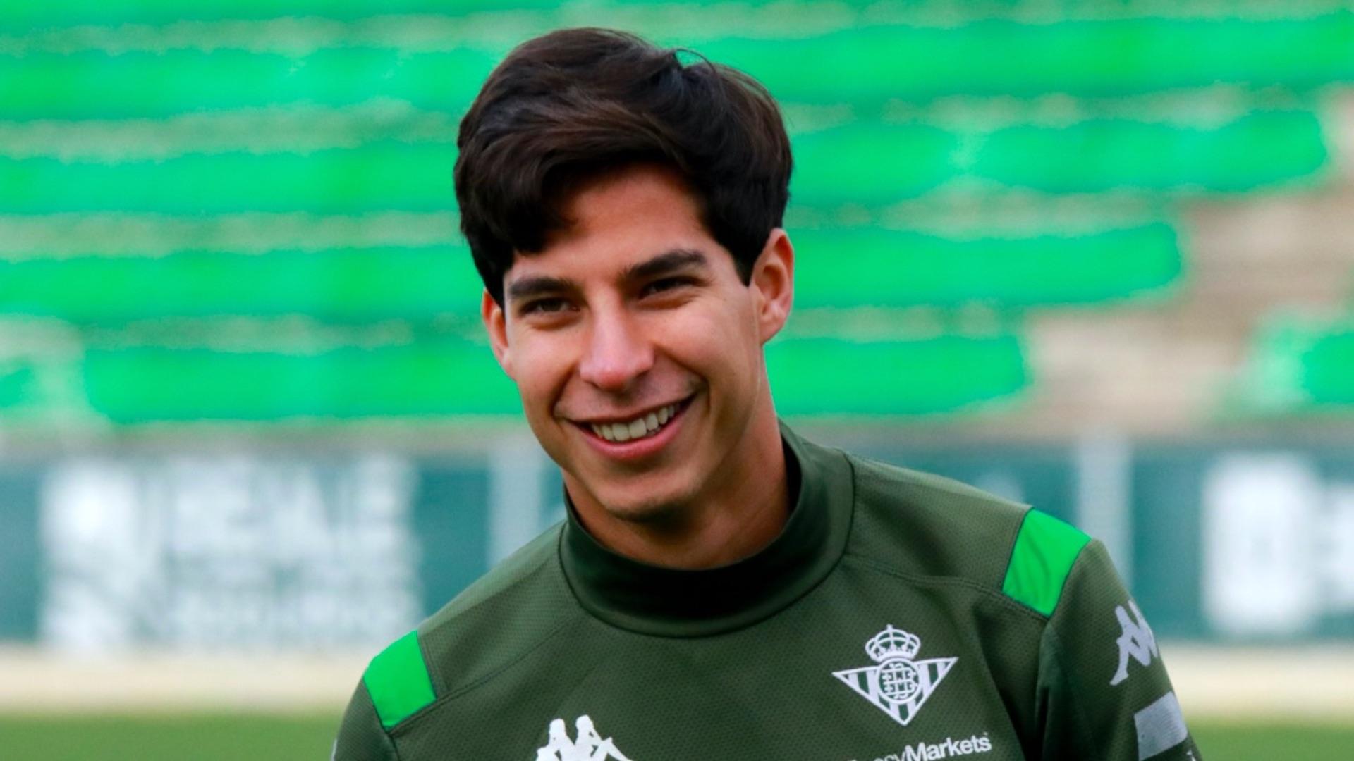 Diego Lainez confirma que es positivo por Covid-19