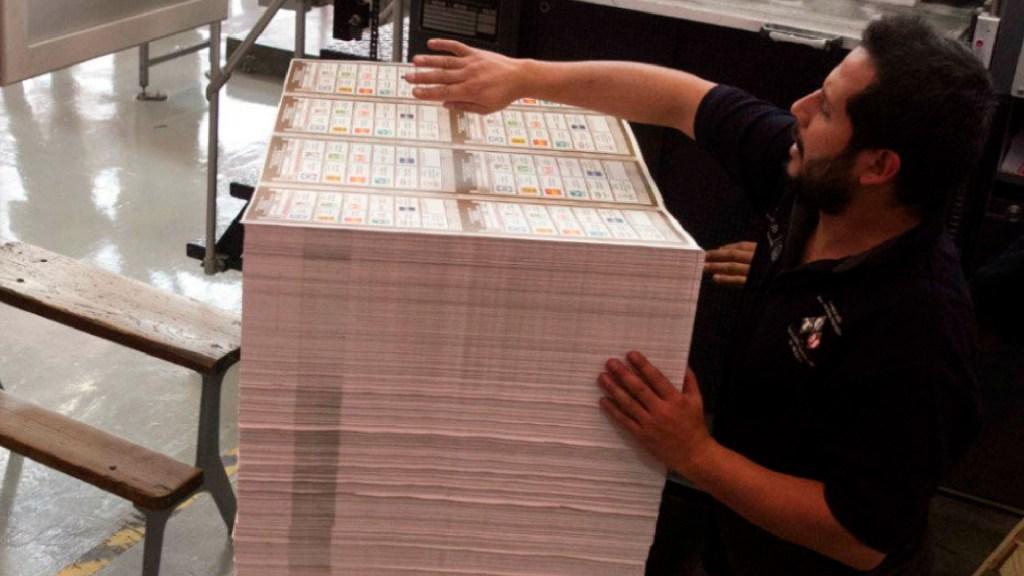 INE avala formatos únicos para boletas del proceso electoral 2020-2021 - INE avala formatos únicos para boletas del proceso electoral 2020-2021. Foto Cuartooscuro