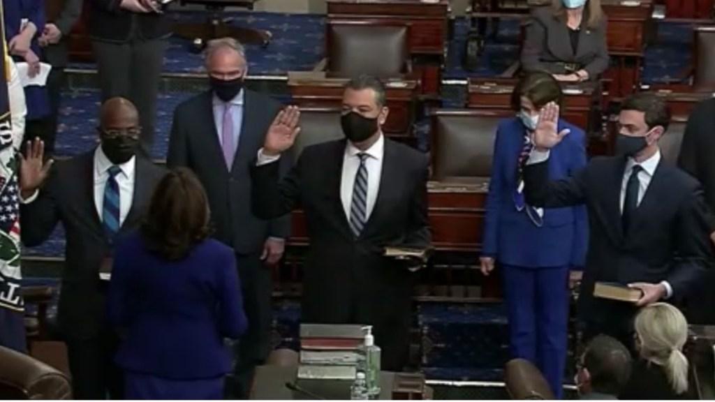 #Video Kamala Harris toma juramento a nuevos senadores - Kamala Harris Juramento