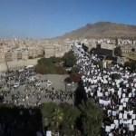 Miles se manifiestan en Saná contra la designación de hutíes como terroristas
