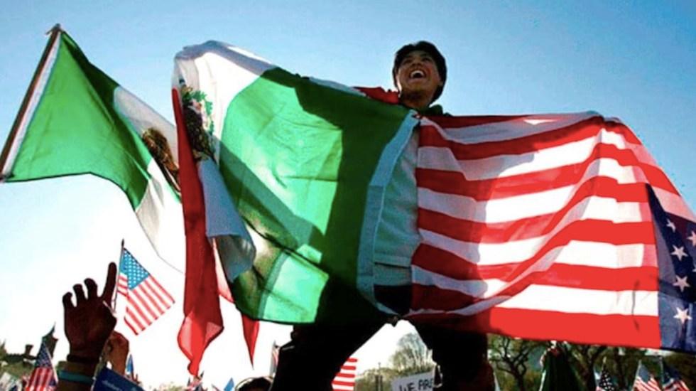Publican en DOF reforma para que hijos de connacionales en el extranjero sean mexicanos por nacimiento - Mexicanos en Estados Unidos. Foto de EFE / Archivo