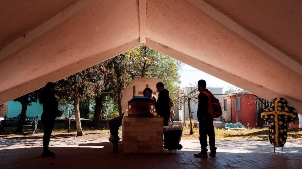 A 11 meses del primer caso de COVID-19, México ya rebasó 1.8 millones de contagios y 153 mil muertes - Foto de EFE