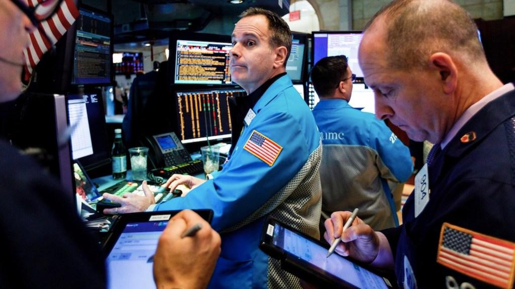 Wall Street cierra con triple récord tras confirmarse la victoria de Biden - Foto de EFE