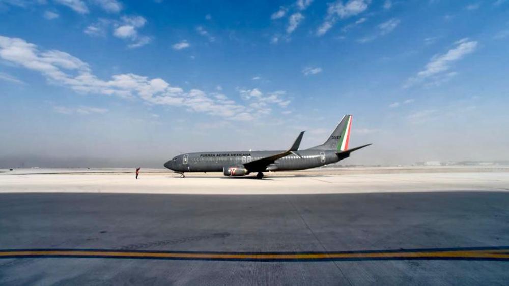 Ya se demostró que pueden operar tres aeropuertos: AMLO tras inaugurar base en Santa Lucía - Foto de Gobierno de México