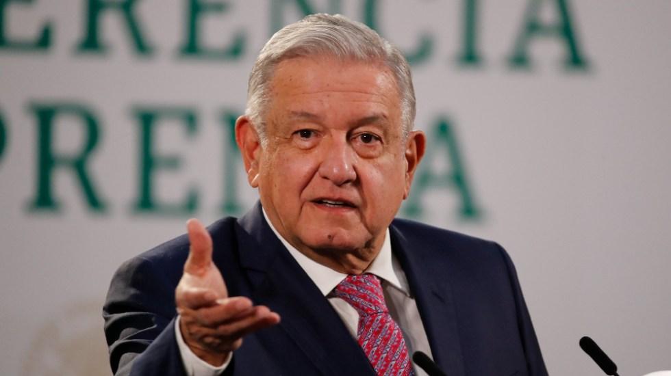 Futuro político de López Obrador depende de vacunación contra COVID-19: Time - Foto de EFE