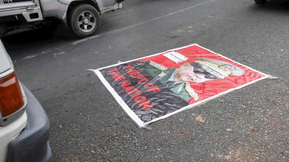 Hackers atacan páginas vinculadas al Ejército de Birmania en protesta por golpe de Estado - Birmania golpe de estado protestas
