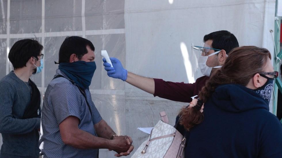 México llega a un millón 978 mil 954 casos confirmados de COVID-19; se registran 172 mil 557 decesos en total - Foto de EFE