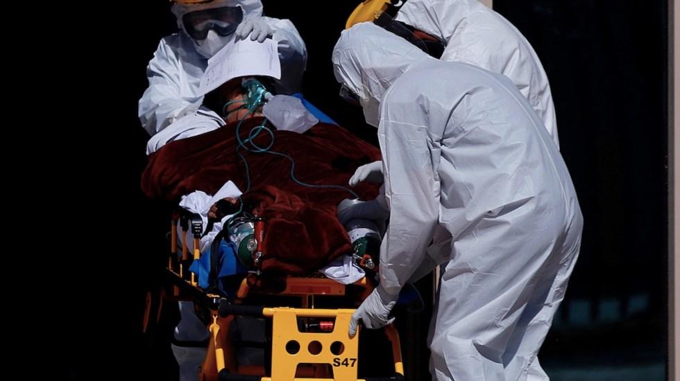 En las últimas horas México registró 8 mil 634 casos nuevos y mil 273 muertes por COVID-19 - Foto de EFE