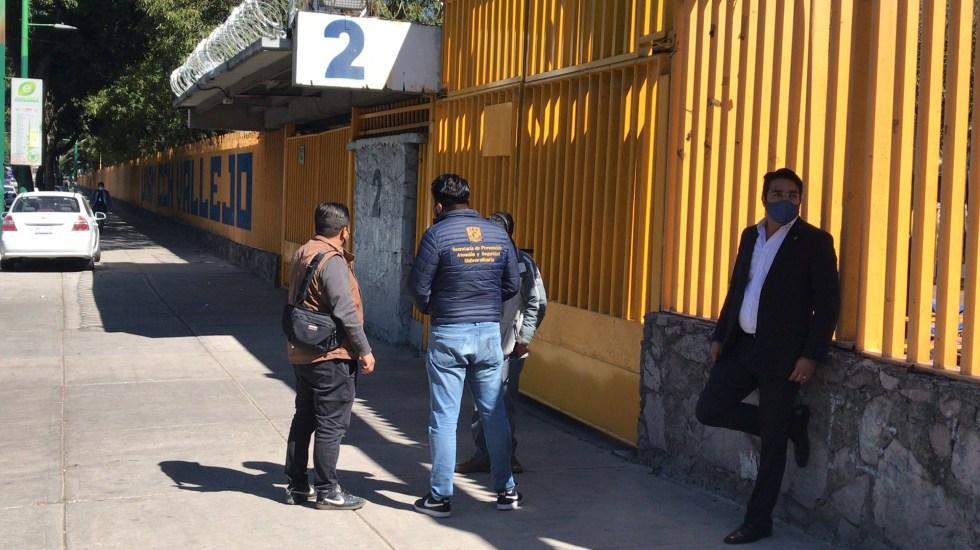 Denuncia UNAM toma violenta de instalaciones durante pandemia; CCH Vallejo el último plantel afectado - CCH Vallejo tras toma violenta por encapuchados. Foto de @Rodolfodorantes