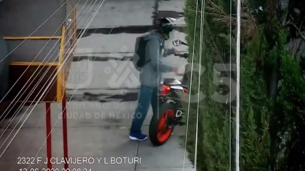 #Video Detienen a sujeto que asaltó a pareja en la Cuauhtémoc - Captura de pantalla