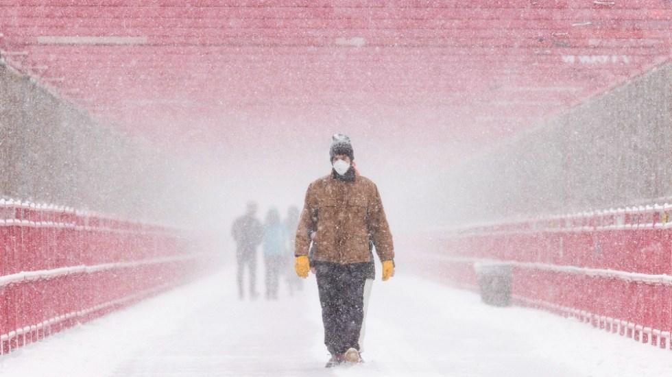 Casi un millón de personas sigue sin electricidad por el temporal en EE.UU. - Foto de EFE