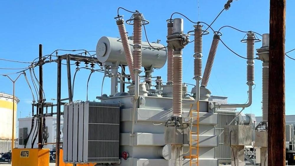 Con total de subsidios a empresas por electricidad se vacunaría diez veces a la población por COVID-19: CFE - Transformador. Foto de CFE. (Archivo)