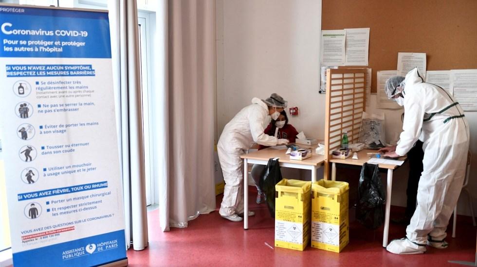 Francia recomienda una sola dosis de vacuna a quienes ya han tenido COVID-19 - Foto de EFE/ EPA/ STEPHANE DE SAKUTIN.
