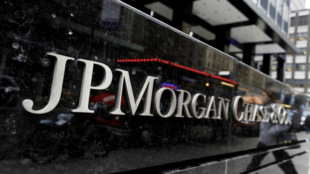 JPMorgan cerrará banca privada en México; pasará clientes a BBVA - Foto de EFE