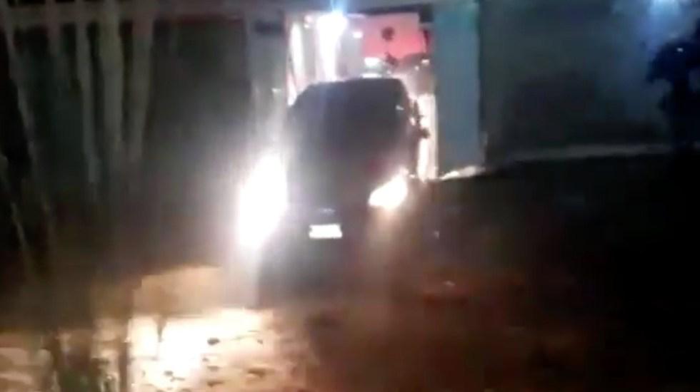 #Video Linchan a dos hombres en Los Reyes La Paz - Captura de pantalla