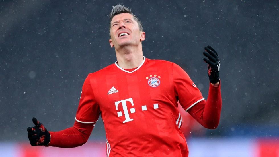 Vuelo del Bayern Munich a Qatar se retrasó y los jugadores pasaron la noche en avión - Foto de EFE