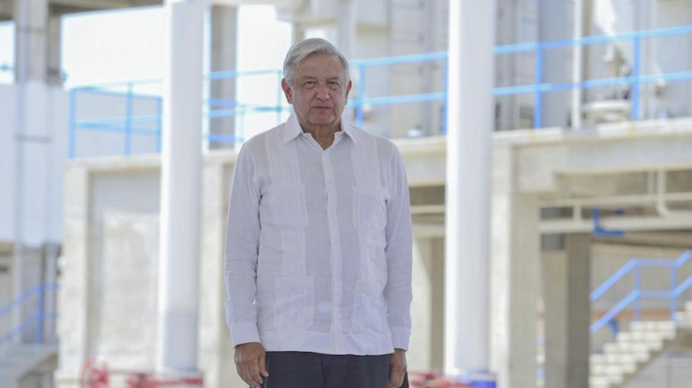 Contra fraude electoral, vamos a cerrar filas con gobernadores: AMLO - El presidente Andrés Manuel López Obrador durante su gira por Sinaloa. Foto de lopezobrador.org.mx.