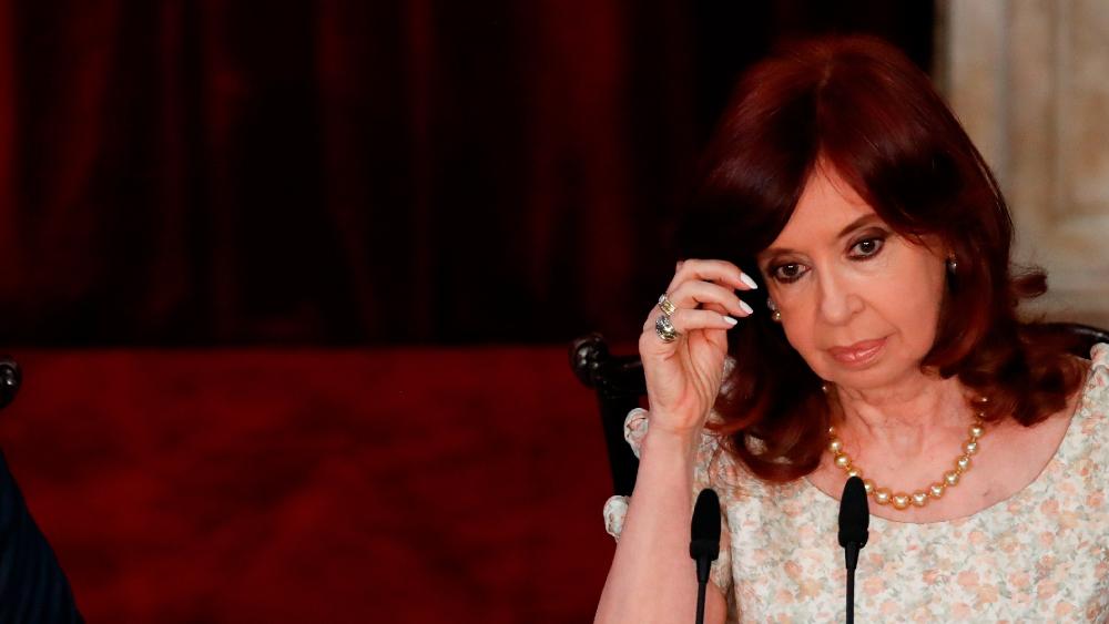 """Cristina Fernández se declara perseguida judicial y señala que """"el sistema está podrido"""" - Foto de EFE"""