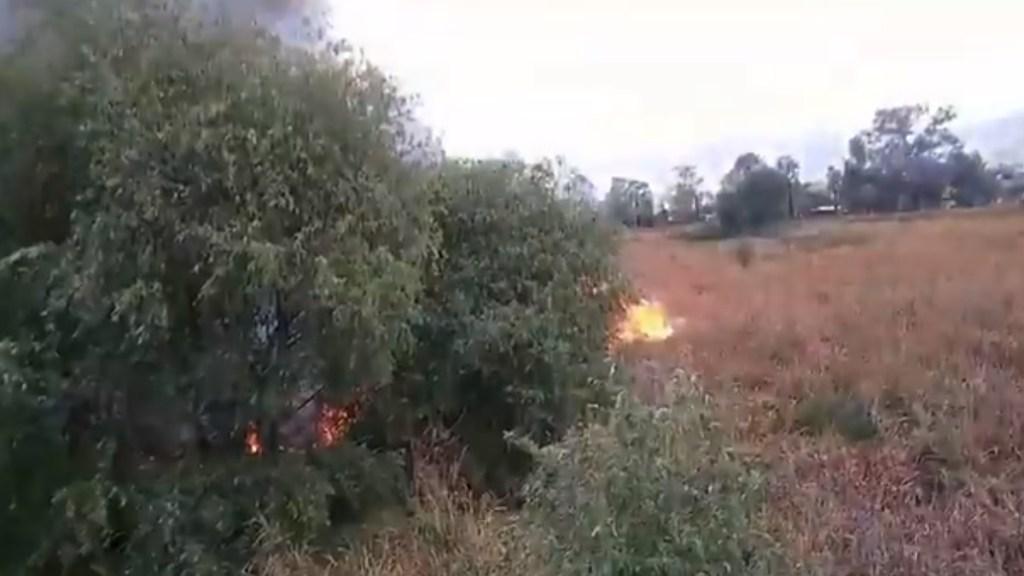 #Video Fuerte incendio consume pastizal entre Edomex y Ciudad de México - Incendio pastizal Tlalnepantla GUstavo A Madero
