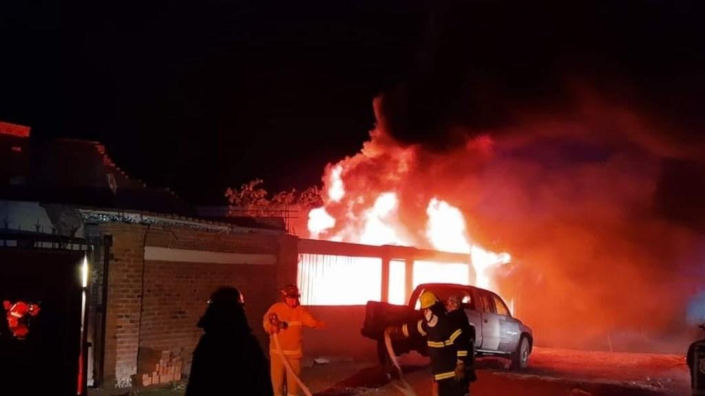 Se incendia toma clandestina de Pemex en Teoloyucan - Incendio Teoloyucan