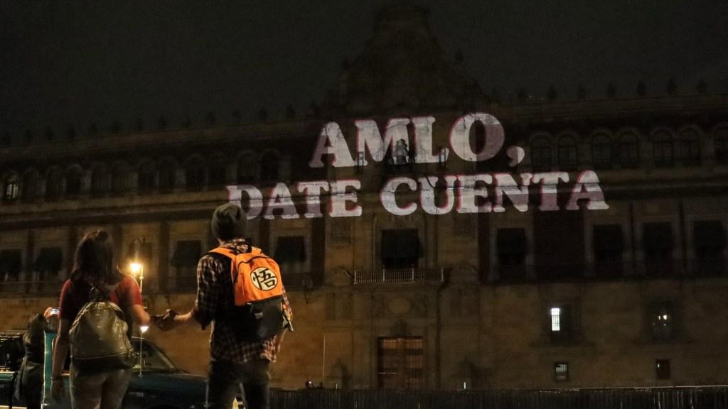 #Fotos Proyectan 'AMLO, date cuenta' en Palacio Nacional - Palacio Nacional AMLO date cuenta