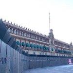 Blindan Palacio Nacional previo a marcha por el 8M