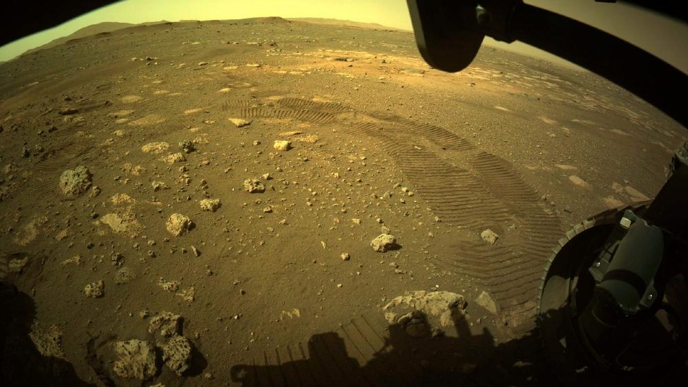 Perseverance recorre sus primeros metros en la superficie de Marte - Foto de EFE