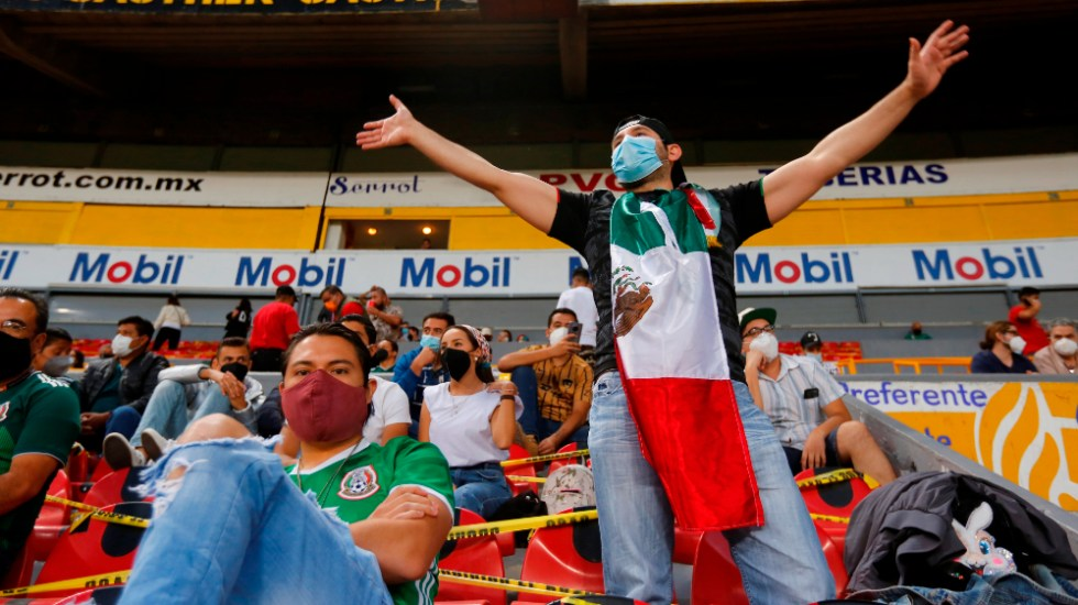 Multa y dos partidos a puerta cerrada a México por cánticos homófobos - México preolimpico