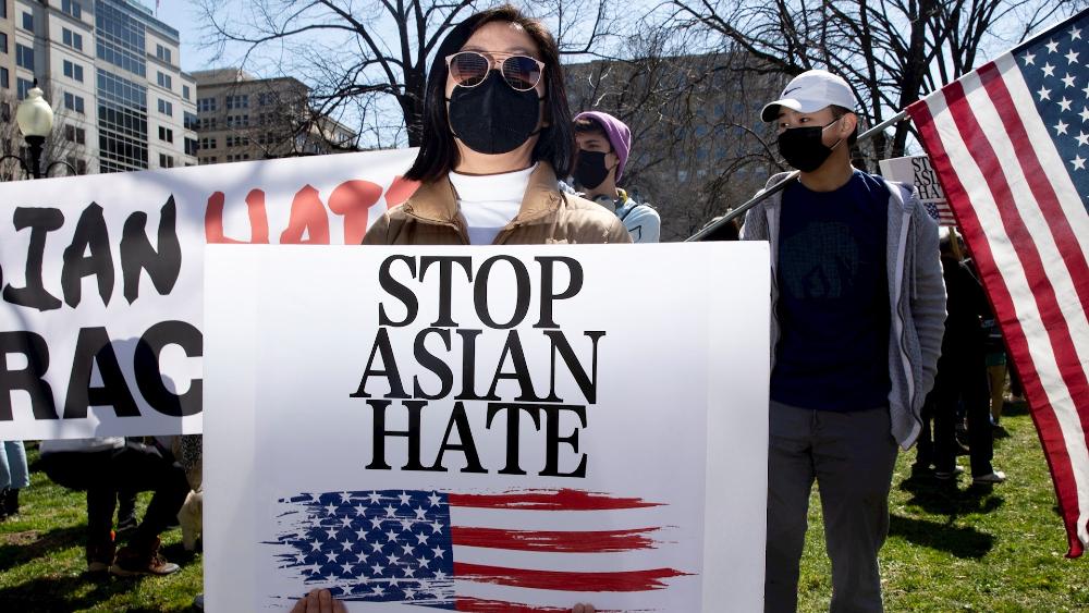 """Los asiáticos como """"chivo expiatorio"""" en EE.UU., una historia que se repite - Foto de EFE"""