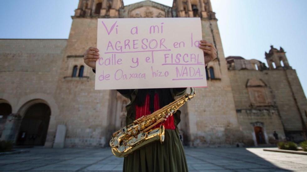 """""""Vi a mi agresor en la calle y el fiscal de Oaxaca hizo nada"""", denuncia saxofonista agredida con ácido en marcha por el #8M - Saxofonista Oaxaca"""