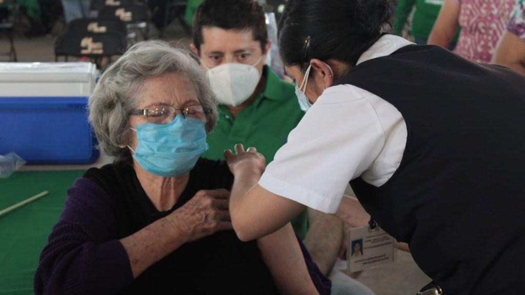 El martes inicia la vacunación en Benito Juárez, Cuauhtémoc y Álvaro Obregón; viernes en Iztapalapa y G.A.M. - Foto de Secretaría de Salud CDMX