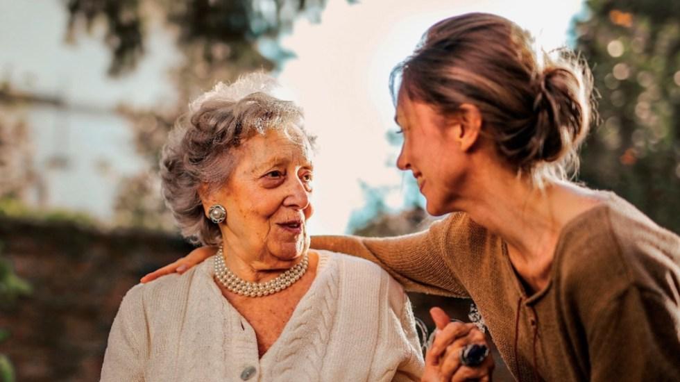Información confiable, vital para que mujeres tomen decisiones de salud - mujeres adultas mayores