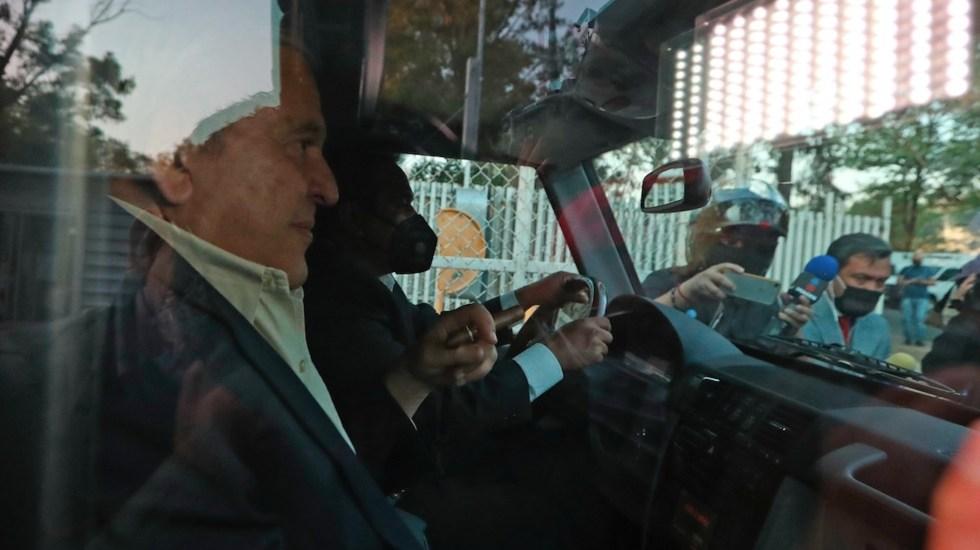 Alonso Ancira sale del Reclusorio Norte tras acuerdo con Pemex - Alonso Ancira sale del Reclusorio Norte tras acuerdo con Pemex. Foto de EFE