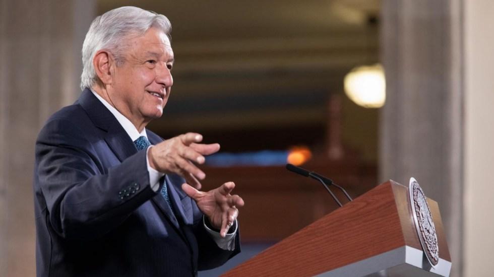 López Obrador se declara seguidor del pensamiento de Jesucristo - Ciro Murayama AMLO Andrés Manuel López Obrador