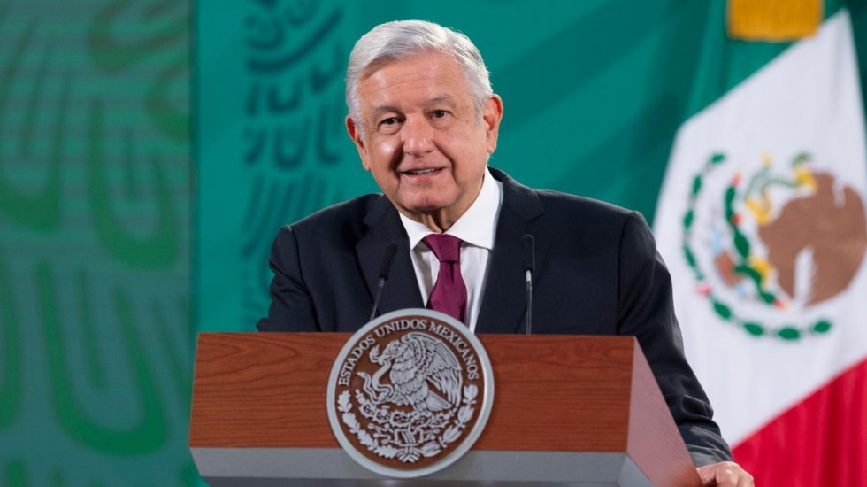 Suprema Corte confirma suspensiones que permiten a INE, Banxico y Cofece cobrar más que López Obrador - AMLO Andrés Manuel López Obrador México