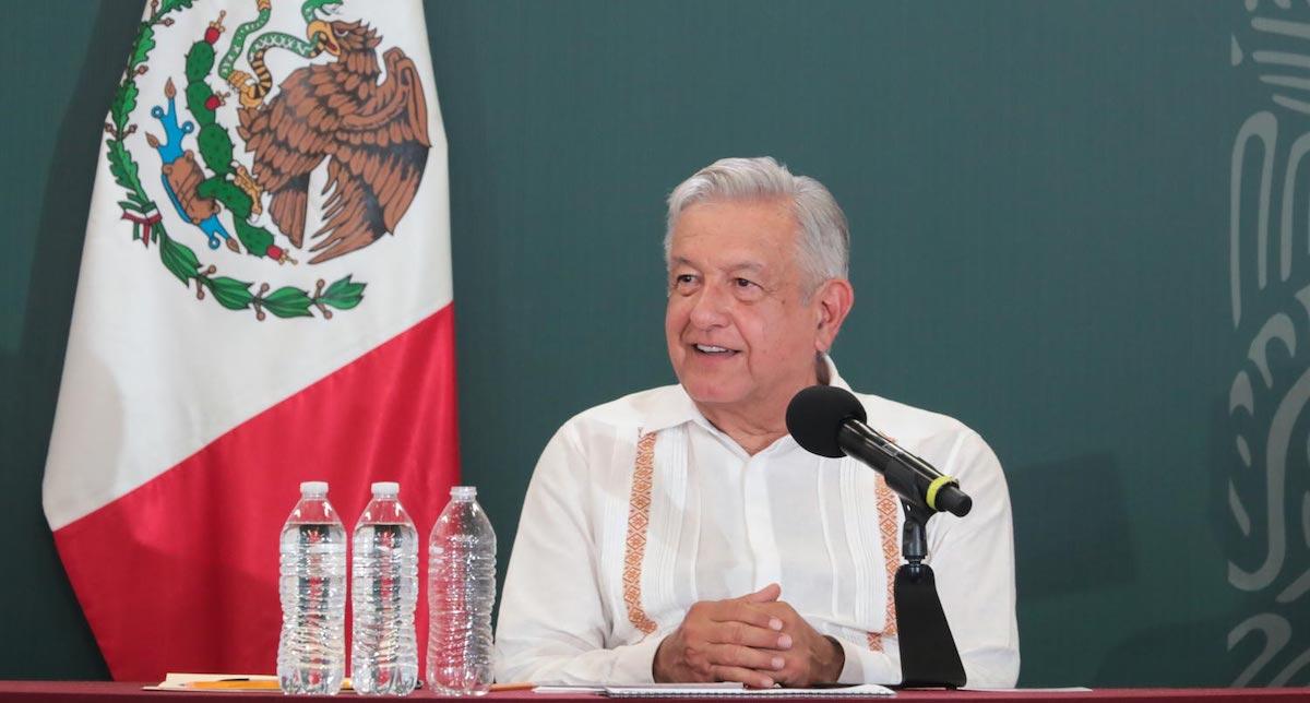 """AMLO """"Élites corruptas y voceros no tienen otra opción que repetir mentiras y hacer el ridículo""""- El presidente AMLO durante gira por Tabasco"""