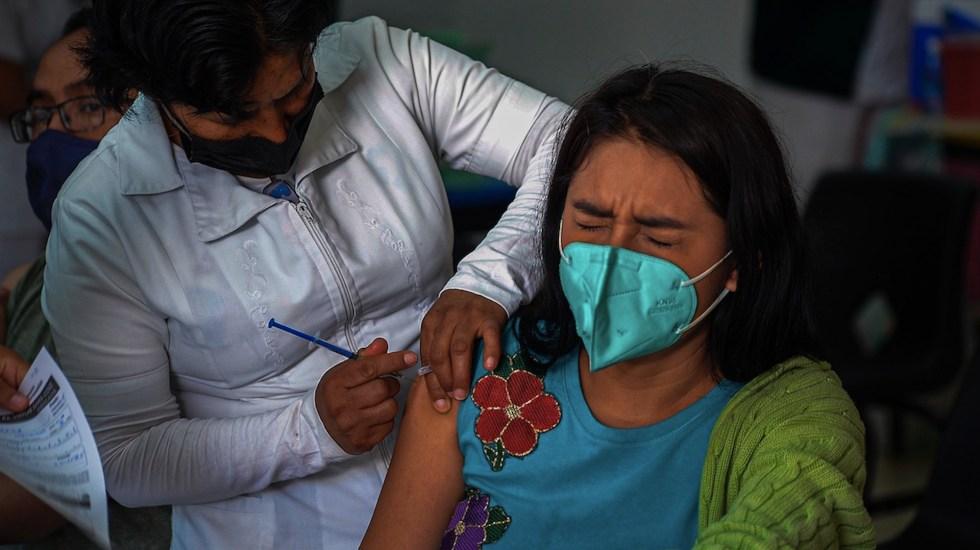 Inicia prerregistro de personas de 50 a 59 años para la vacuna contra COVID-19 - Inicia prerregistro de personas de 50 a 59 años para la vacuna contra COVID-19. Foto de EFE