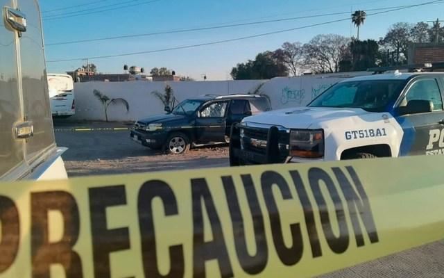 Suman 83 mil 44 homicidios dolosos en lo que va del sexenio - Escena del crimen acordonada en Irapuato, Guanajuato. Foto de EFE / Archivo