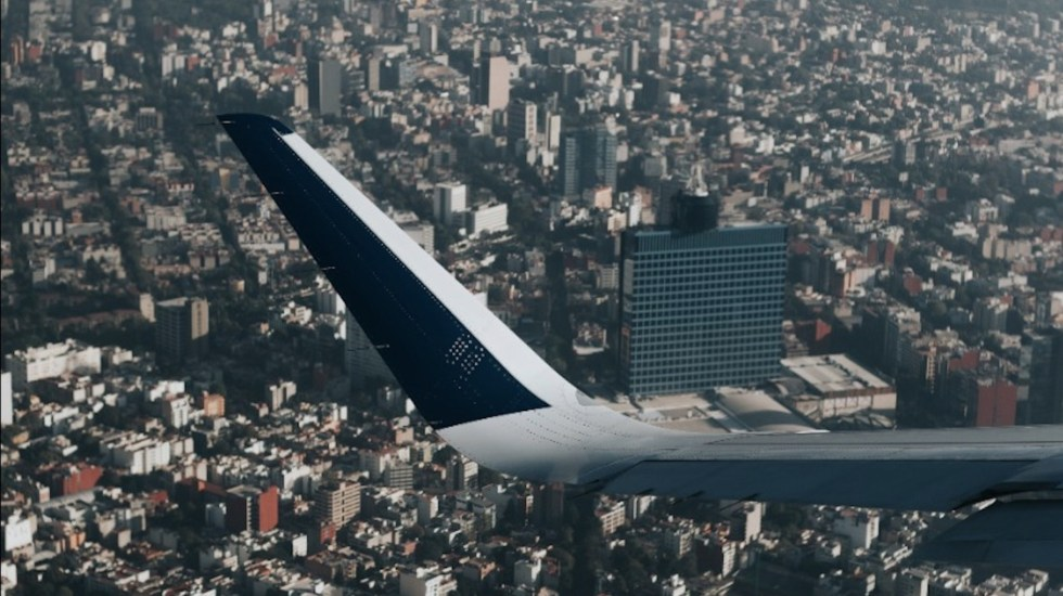 Hay al menos tres incidentes al día por rediseño del espacio aéreo en el Valle de México - El rediseño del espacio aéreo en el Valle de México. Foto Especial