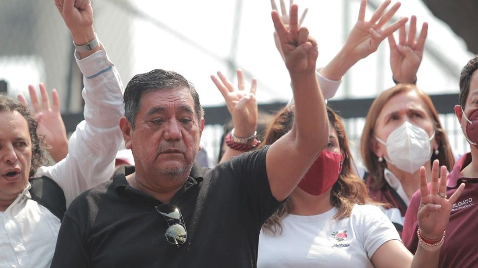 Niega Salgado Macedonio amenaza contra el INE; regresará a Guerrero - En la foto, el senador con licencia Félix Salgado Macedonio durante protesta en la Ciudad de México. Foto de EFE/Carlos Ramírez