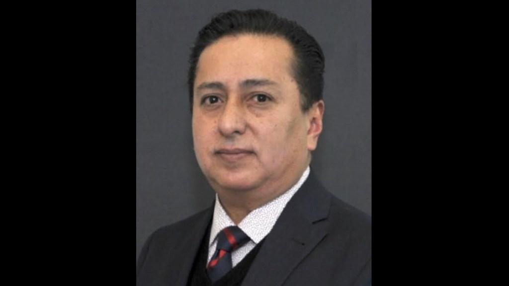 Vacunan contra COVID-19 a influyente funcionario de la FGJCDMX - Pedro Abelardo Faro Padrón